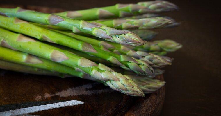 Heek in groene saus met asperges
