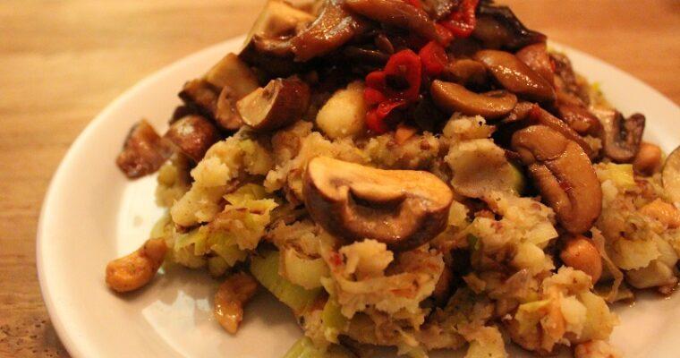 Preistamppot met noten en kastanjechampignons