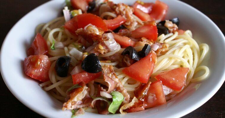 Spaghetti met verse tomatensaus
